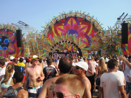 Tomorrowland 2012 => Tomorrowland 2013 => This is Madness